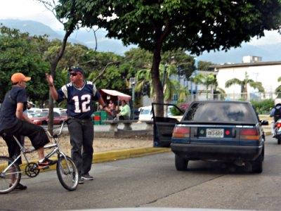 de la serie 'un paseo por sabana grande' (escenas de la hermosa Caracas)