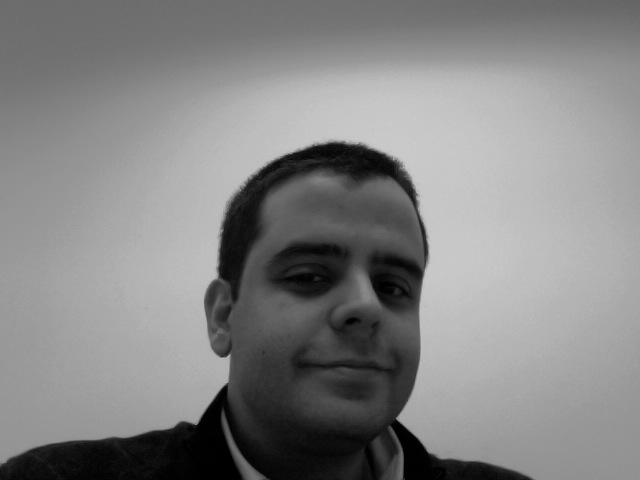 Obligarte a escribir es también una fantástica forma de obligarte a leer – entrevista con Ramiro Casó